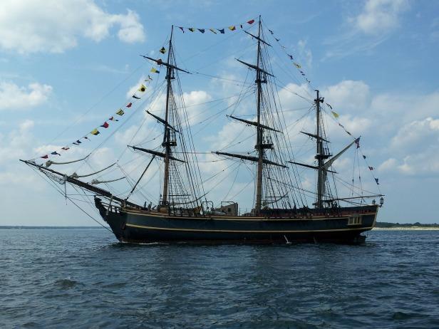 sailboat-174469_1920